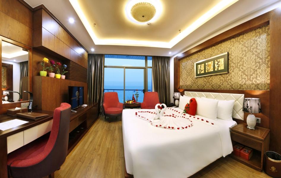 khách sạn biển Lê Hoàng Đà Nẵng