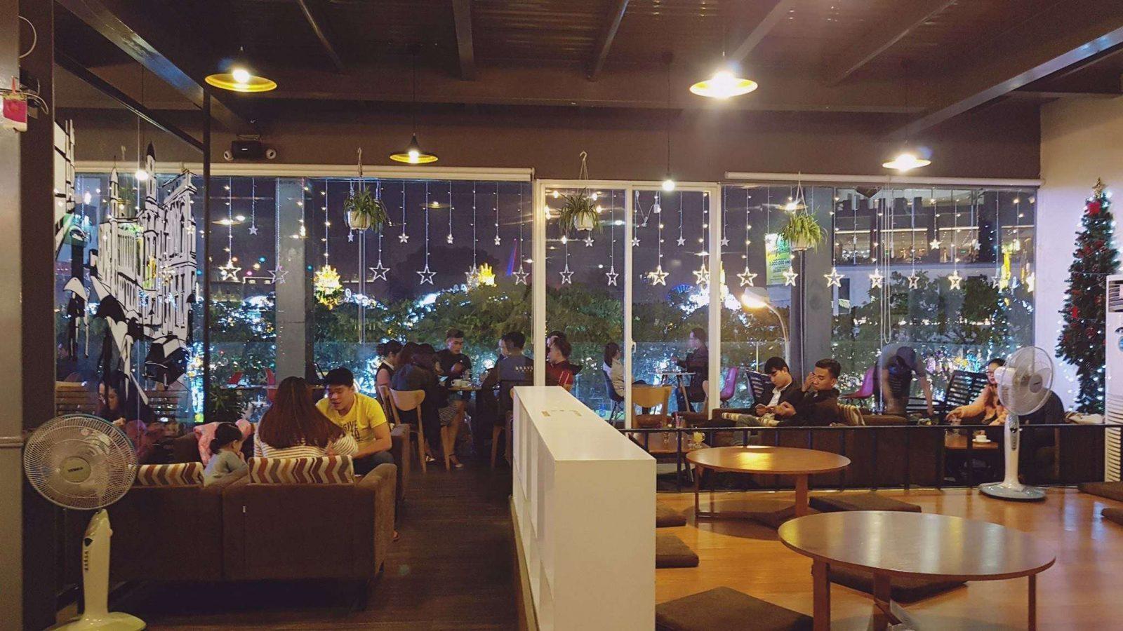 Moon Coffee Đà Nẵng - quán cafe có thể ngắm Đà Nẵng từ trên cao