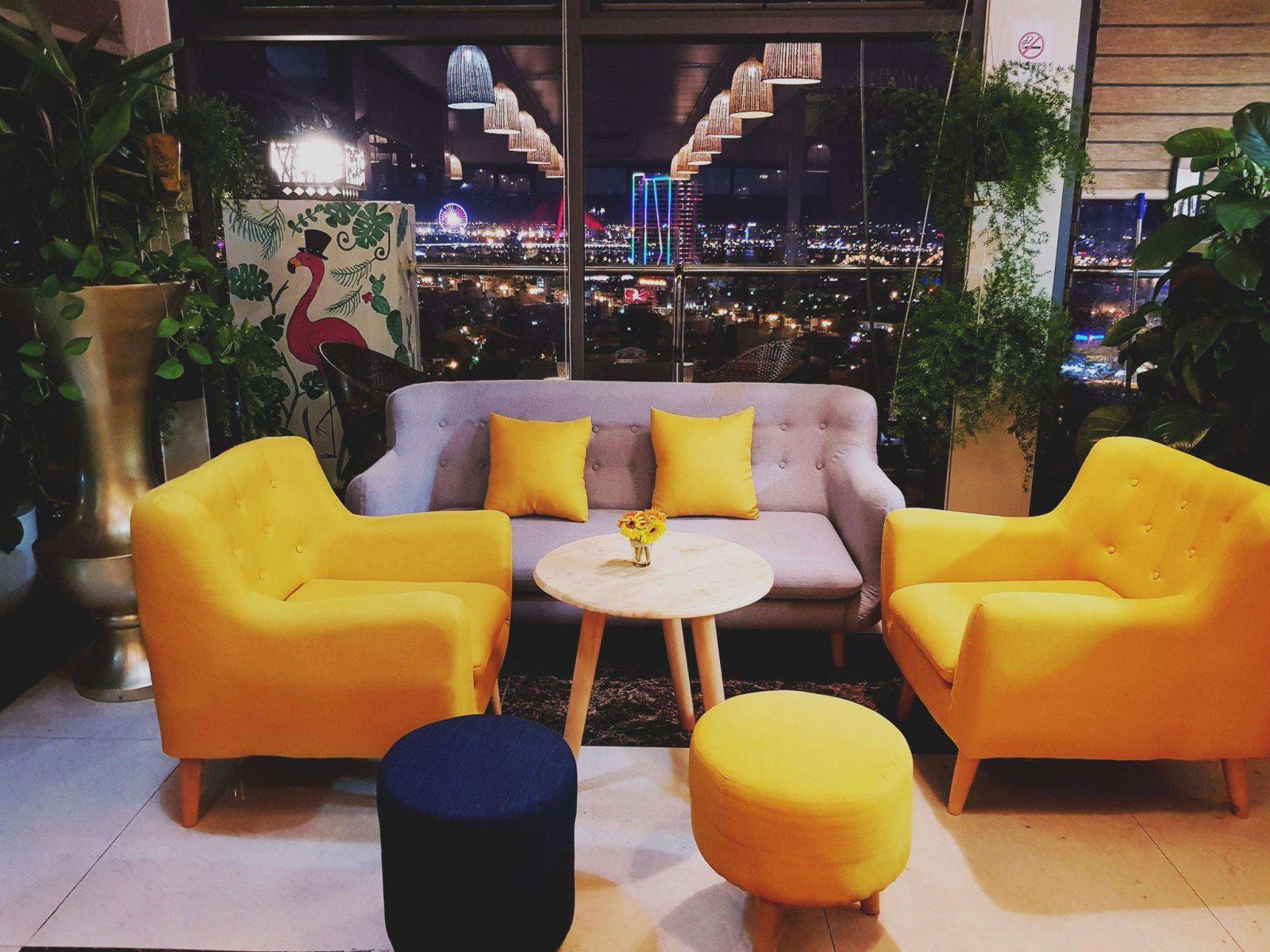 Sunset Bar - Luxtery Hotel Đà Nẵng