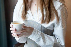 Uống trà chanh giảm cân